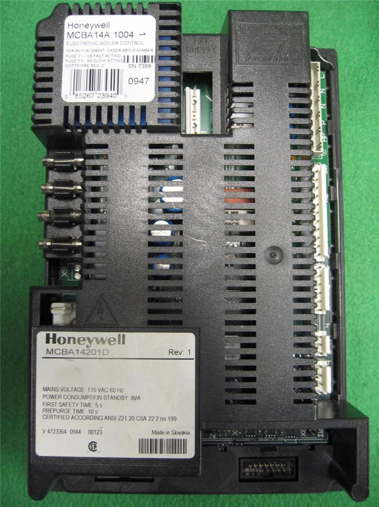In Stock Weil Mclain 383500190 KIT-R CTL MCBA14A1004 Ultra Control module  REPLACE